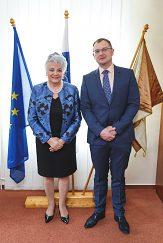 Predsedníčka Najvyššieho súdu Slovenskej republiky JUDr. Švecová a rektor UMB doc. Ing. Hiadlovský, PhD.