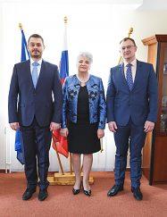 Zľava: JUDr.Solej, JUDr. Švecová, doc. Ing. Hiadlovský, PhD.