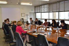 Diskusia o podpore frankofónnych programov.