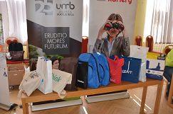 8. rok sa na pôde UMB stretli zástupcovia firiem s ponukou práce