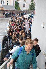 Príchod študentov na zimák