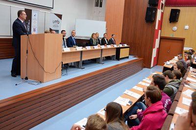 Rektor sa prihovoril študentom z Ukrajiny