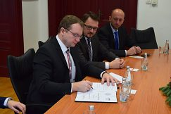 Podpis memoranda Univerzity v Mostare a UMB