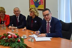 Signing a Memorandum of Scientific and Research Cooperation