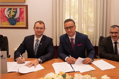 Podpis zmluvy o spoločnom študijnom programe