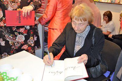 Pani Magdaléna Rúfusová