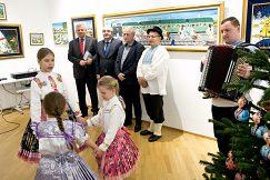 Slávnostné otvorenie výstavy insitných maliarok z Kovačice na pôde NBS