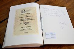 Podpis Memoranda o porozumení medzi IBM a UMB