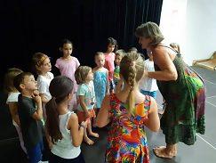 Aby deti vedeli tancovať, musia veľa počúvať, a potom rozmýšľať.