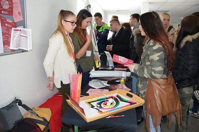 Zo školy na zimák – edícia Gymnáziá a stredné školy