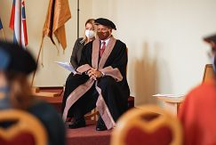 Udelenie čestného titulu Doctor honoris causa prof. Dr. Haraldovi Pechlanerovi