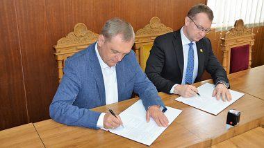Podpis zmluvy o spolupráci
