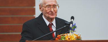 Zomrel profesor Július Alberty