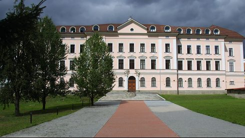Faculty of Political Science and International Relations