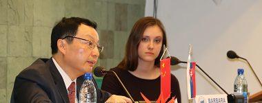Univerzitu Mateja Bela navštívil veľvyslanec Čínskej ľudovej republiky na SR
