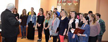 Prijatie Univerzitného speváckeho zboru Mladosť na rektoráte