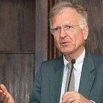 Návšteva profesora Rolanda Vaubela na EF UMB